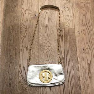 Tory Burch Bags - Tory Burch Reva Crossbody Gold